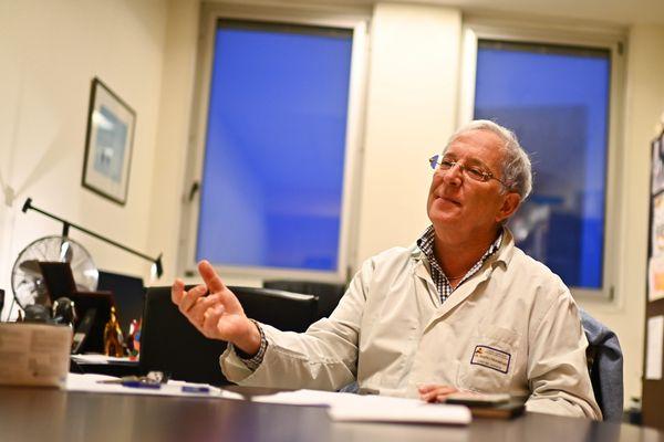 François Raffi, chef du service des maladies infectieuses au CHU de Nantes