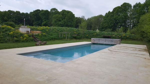 Le Country Lodge prévoit de s'adapter en rendant la piscine ou le spa accessibles uniquement sur des créneaux horaires précis pour que les familles ne se côtoient pas.