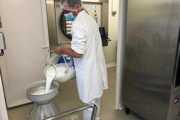 Des milliers de litres de lait de jument sont transformés par an.