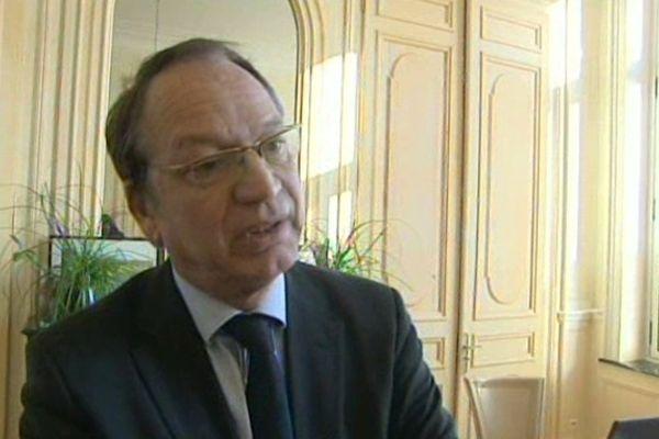 Philippe Kemel, député PS de la 11ème circonscription du Pas-de-Calais Hénin-Beaumont-Carvin, va continuer son mandat.