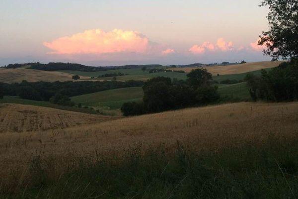 Joli coucher de soleil sur le Gers