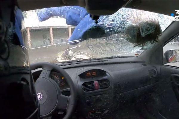 Des élèves du collège et lycée Laetitia d'Ajaccio ont assisté à la simulation d'un accident entre un scooter et une voiture ce mardi 19 novembre.
