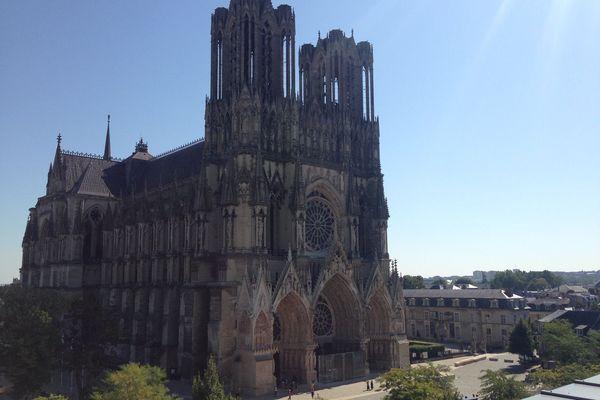 Afin de rendre hommage aux 3 victimes de l'attentat de Nice une messe sera célébrée à 19 h ce vendredi 30 Octobre à la Cathédrale Notre-Dame de Reims.