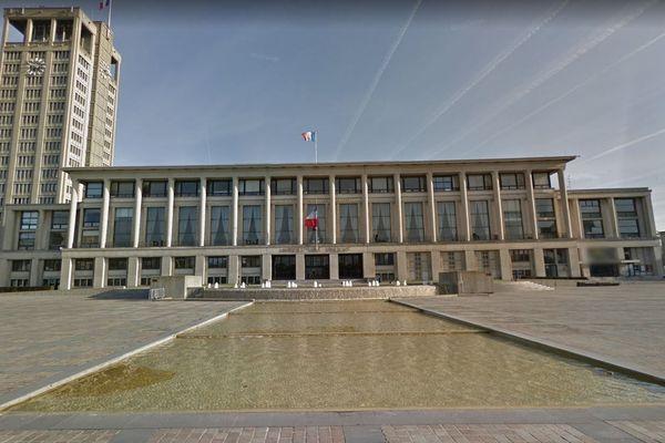 7 candidat(e)s se présentent au Havre pour les municipales 2020.