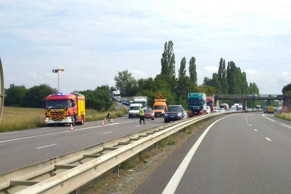 L'intervention a nécessité la coupure de l'autoroute pendant une demi-heure