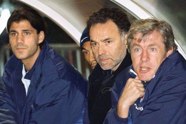 Mickael Madar (à gauche) en 2001 au PSG où il a retrouvé son ancien entraîneur de Cannes, Luis Fernandez (à droite)