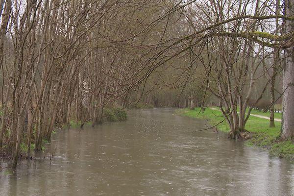 Beaucoup d'eau dans les rivières avant l'ouverture de la pêche