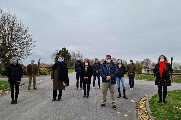Une partie des habitants de Witry-lès-Reims à l'origine du collectif et de la pétition en ligne.