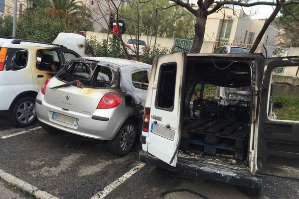 Cinq voitures ont été détruites dans la nuit de mercredi à jeudi à Bastia dans un incendie, a indiqué le service départemental d'incendie et de secours (SDIS) de la Haute-Corse.