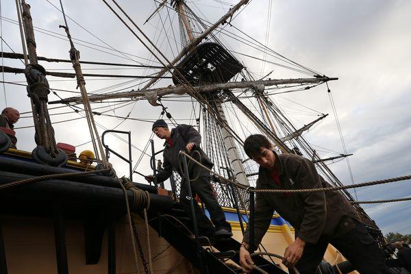 L'équipage de l'Hermione : 80 gabiers et 17 marins professionnels