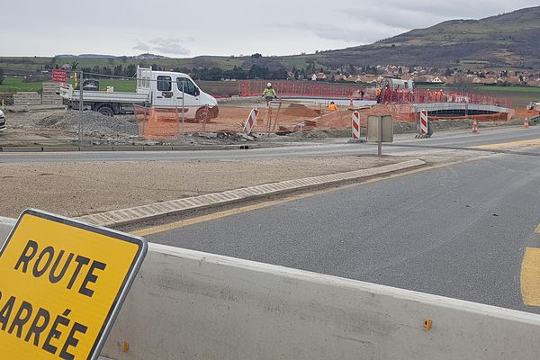 Les travaux de l'autoroute A75 donnent lieu à des fermetures nocturnes entre le 3 mai et le 6 mai, au sud de Clermont-Ferrand.