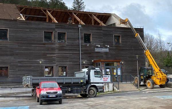 Le Vigan (Gard) - Nettoyage et sécurisation du bâtiment endommagé par la tornade - 3 mars 2020.