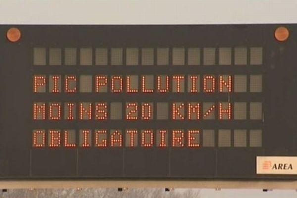 Au seuil d'alerte, la réduction de 20km/h de la vitesse est obligatoire