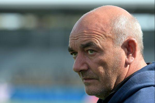 L'entraîneur du FC Chambly Bruno Luzi