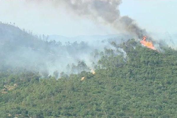L'usage du feu est réglementé en période de sécheresse.