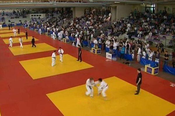 Certains d'entre eux porteront demain les couleurs de l'équipe de France de judo. En attendant, ils sont venus faire leurs armes, ce week-end, sur les tatamis de l'Arténium de Ceyrat, dans le Puy-de-Dôme.