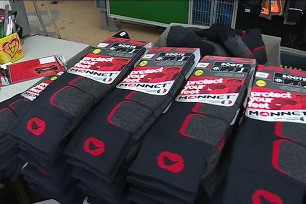 L'usine Monnet fabrique 300 000 paires de chaussettes par an