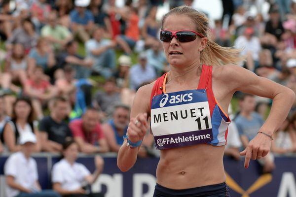 Emilie Menuet lors des Championnats de France Elite 2016, le 25 juin 2016, à Angers.