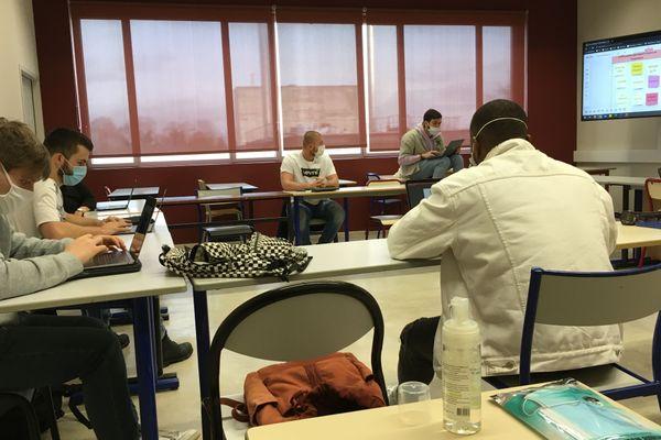 Une session de tutorat en groupe, le 18 janvier 2021.