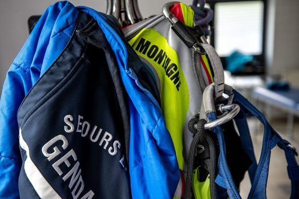 Les hommes du PGHM sont intervenus suite au crash d'un planeur ce jeudi en Savoie.