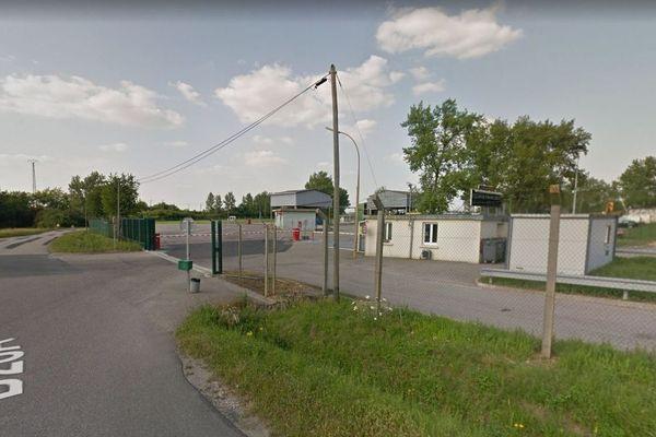 Entrée du dépôt pétrolier de Saint-Baussant (Meurthe-et-Moselle).