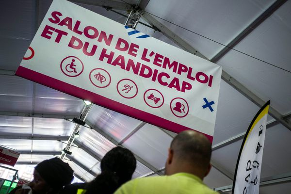 Informer plus facilement sur les salons de l'emploi, les offres, c'est ce que souhaite Cap Emploi Bretagne à travers la mise en place d'une application mobile.