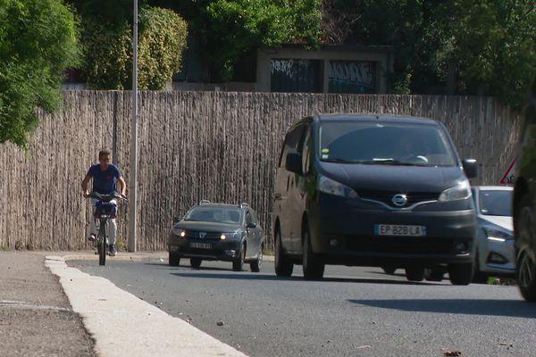 Trafic important, virages, vitesse excessive, comportements à risque, les raisons de l'accidentalité élevée de la montée de Choulans sont nombreuses.