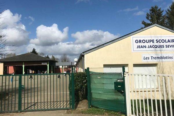 L'école de Tremblay-les-Villages en Eure-et-Loir, quelques jours avant la fermeture du 16 mars 2020 due à la crise sanitaire du Covid-19.