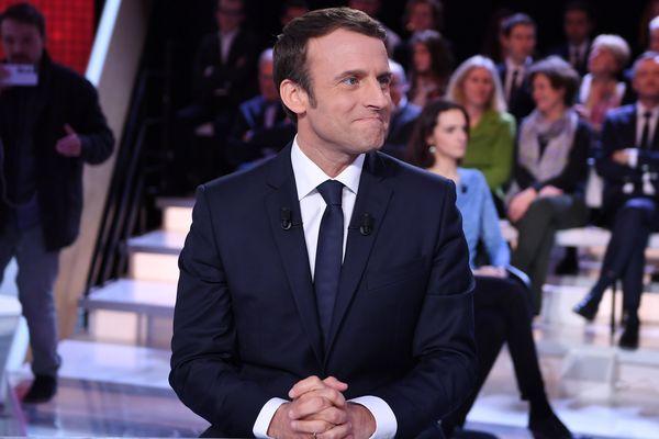 Le 5 avril, c'était le tour d'Emmanuel Macron d'être invité à l'Émission politique de France 2. Avec Bruno Retailleau, il a rappelé sa gestion de la crise autour de l'aéroport de Notre-Dame-des-Landes.