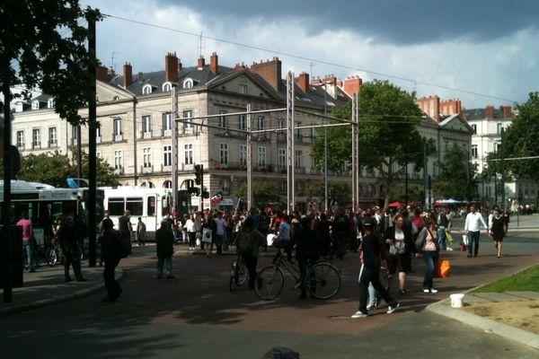 Bus et tram ont été perturbés par les incidents lors de la manif hommage à Clément Méric à Nantes