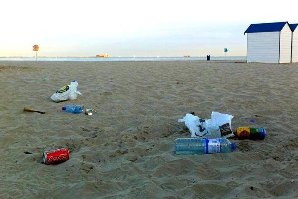 La plage de Boulogne-sur-mer au petit matin... avant le nettoyage.