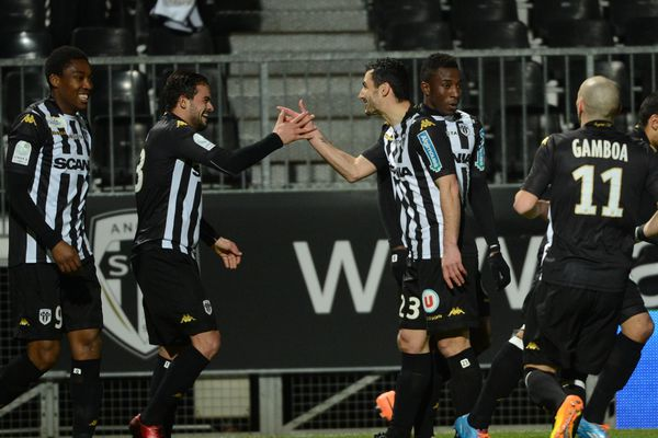 L'équipe de Stéphane Moulin ici lors du match contre Troyes.