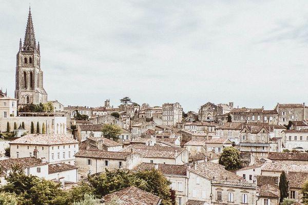 Plus d'un million de visiteurs arpentent le centre historique de Saint-Emilion chaque année. Photo d'illustration.