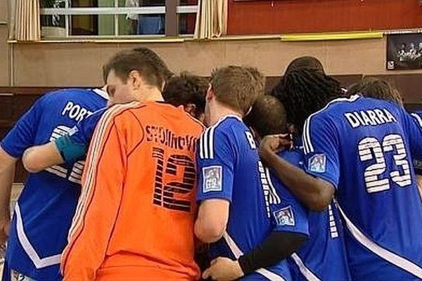 Nebojsa Stojinovic ici en orange au Palais des sports de Dijon