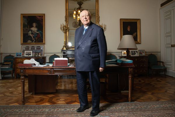 """Jean-Claude Gaudin se déplace à la mairie """"un jour sur deux ou trois""""."""