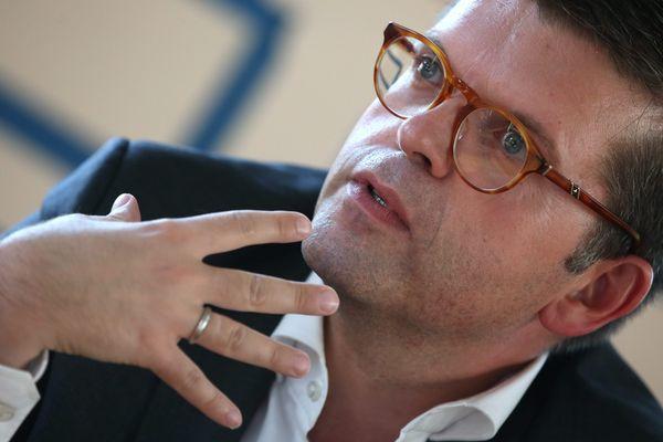 """Le député """"Nouvelle gauche"""" du Val-de-Marne Luc Carvounas."""