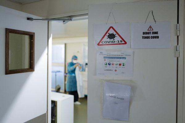 93 patients sont toujours hospitalisés en Corse en raison d'une infection au Covid19. 15 d'entre eux sont en réanimation ou en soins intensifs. / © Jean-Philippe Ksiazek / AFP