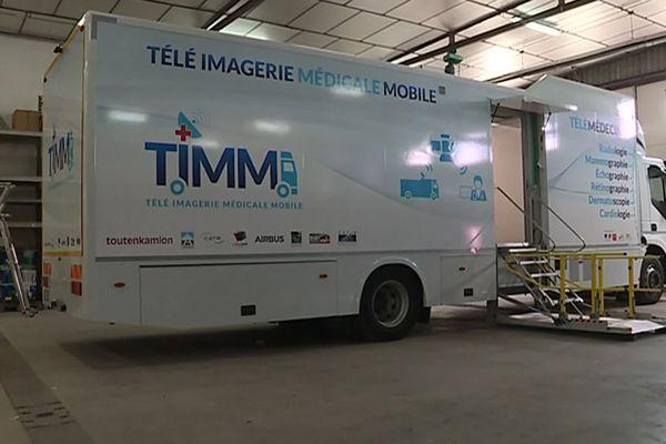 Un camion redesigné par l'entreprise Toutenkamion