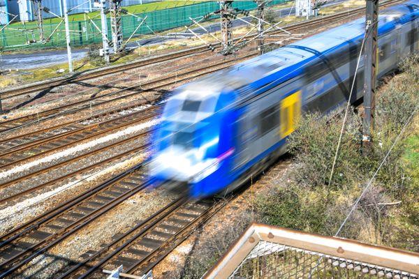 Un véhicule a été heurté par un train sur le littoral entre Béziers et Narbonne.