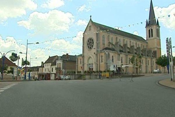 """Dompierre-sur-Besbre (03) est devenu samedi 12 juillet """"village-étape""""."""