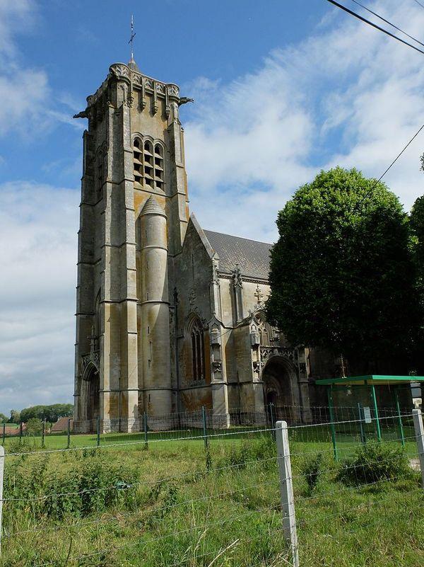 La véritable église d'Ecoust-Saint-Mein fut détruite par les Allemands puis reconstruite après la Première Guerre Mondiale.