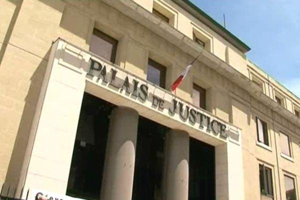 Le procureur de la République d'Alès a saisi la brigade criminelle du SRPJ de Montpellier pour enquêter sur le meurtre.