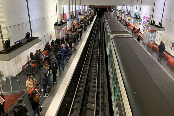 Seules deux lignes de métro circuleront normalement jeudi 5 décembre.