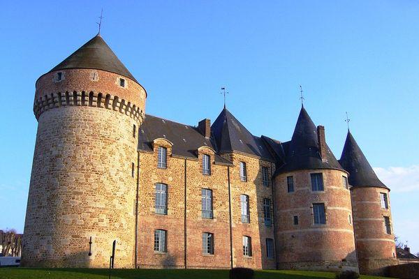 Dans l'Orne, le château de Gacé bénéficiera de moments bien ensoleillés en ce LUNDI.