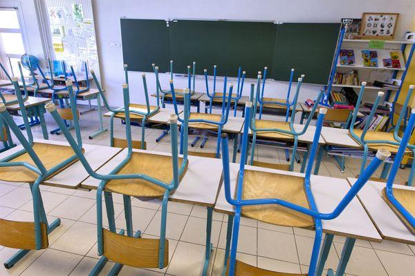Une classe fermée des suites du Covid-19. Tous les enfants doivent attendre 14 jours avant de revenir en classe.
