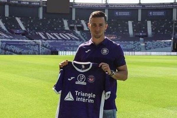 Prêté par le club belge de La Gantoise, Brecht Dejaegere occupera un poste de milieu de terrain offensif au TFC.
