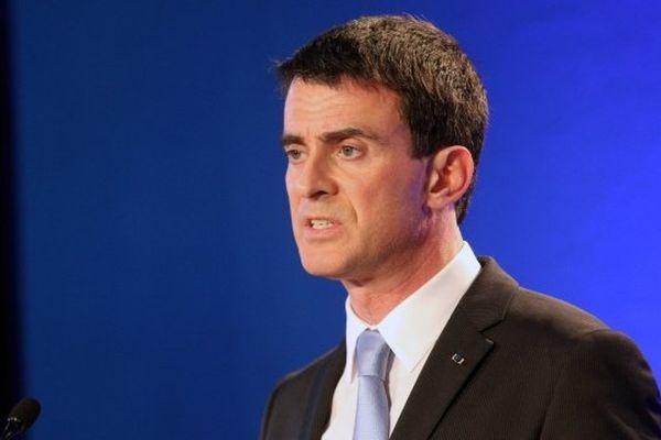 Le Premier ministre Manuel Valls lors de sa visite à Marseille le 9  février 2015