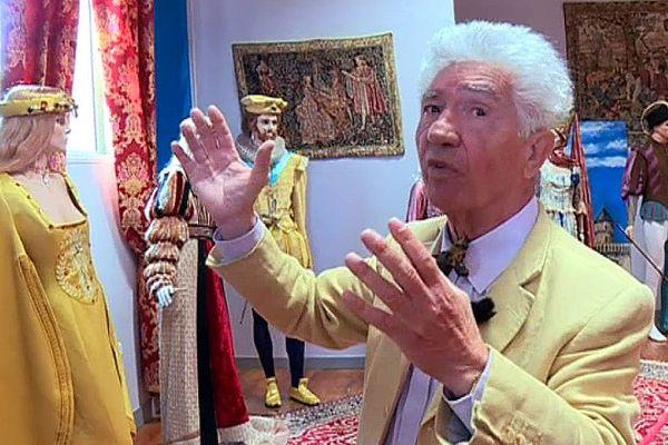 Après avoir habillé des stars du cinéma, Mazarin ouvre un palais du costume en Gironde