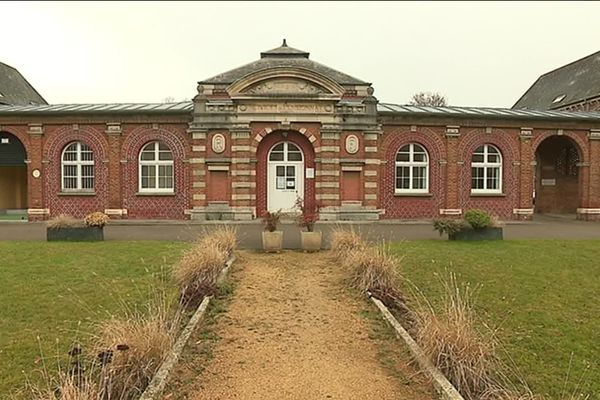Le centre hospitalier Philippe Pinel, à Amiens, assure la prise en charge des maladies mentales dans son secteur.