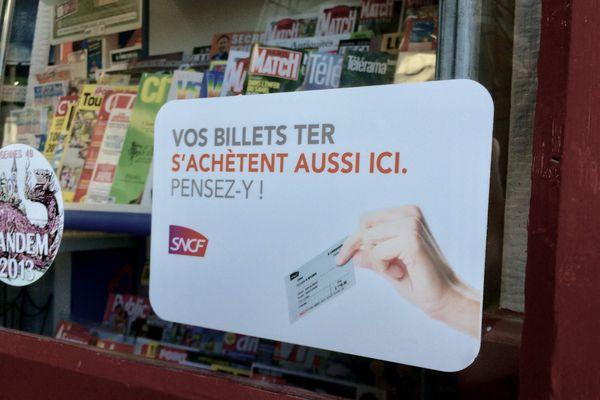 Aux Rosiers-sur-Loire dans la Maine et Loire on vend déjà des tickets de train au restaurant, bureau de tabac.